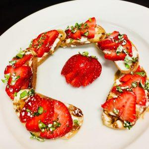 Strawberry-Crostini.jpg
